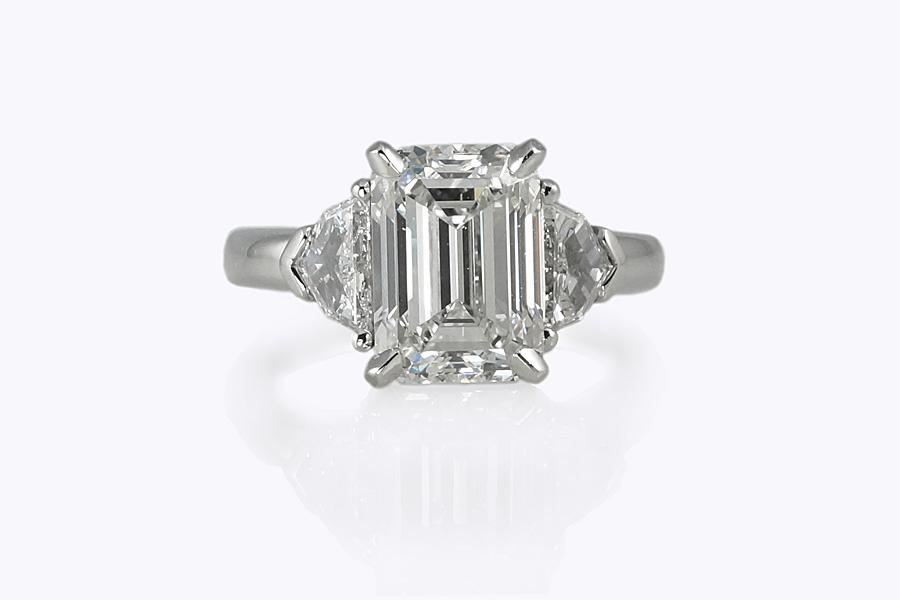 Custom Making Emerald Cut Diamond Engagement Ring