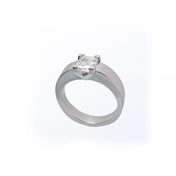V Solitaire Custom Diamond Engagement Ring
