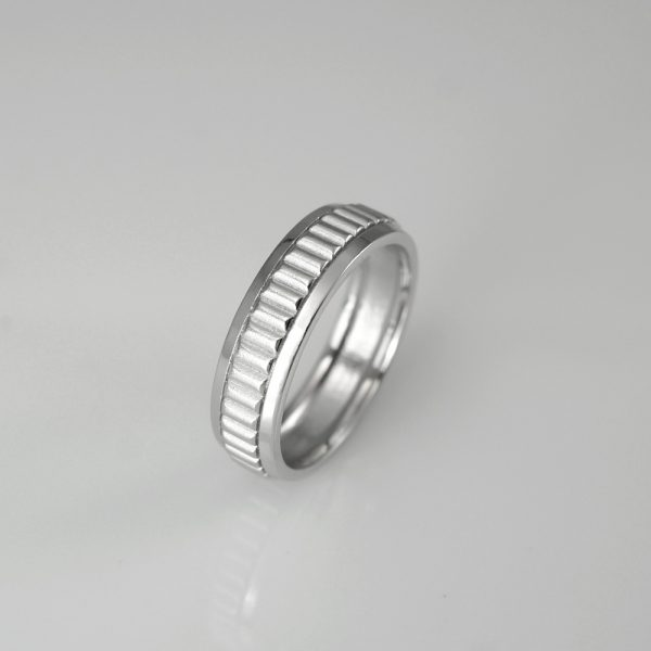 George wedding ring side view
