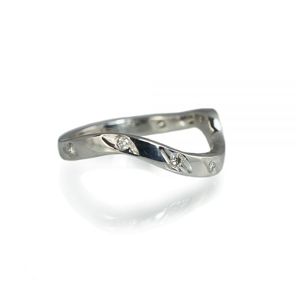 Jackie Wave Fitted Wedding Ring