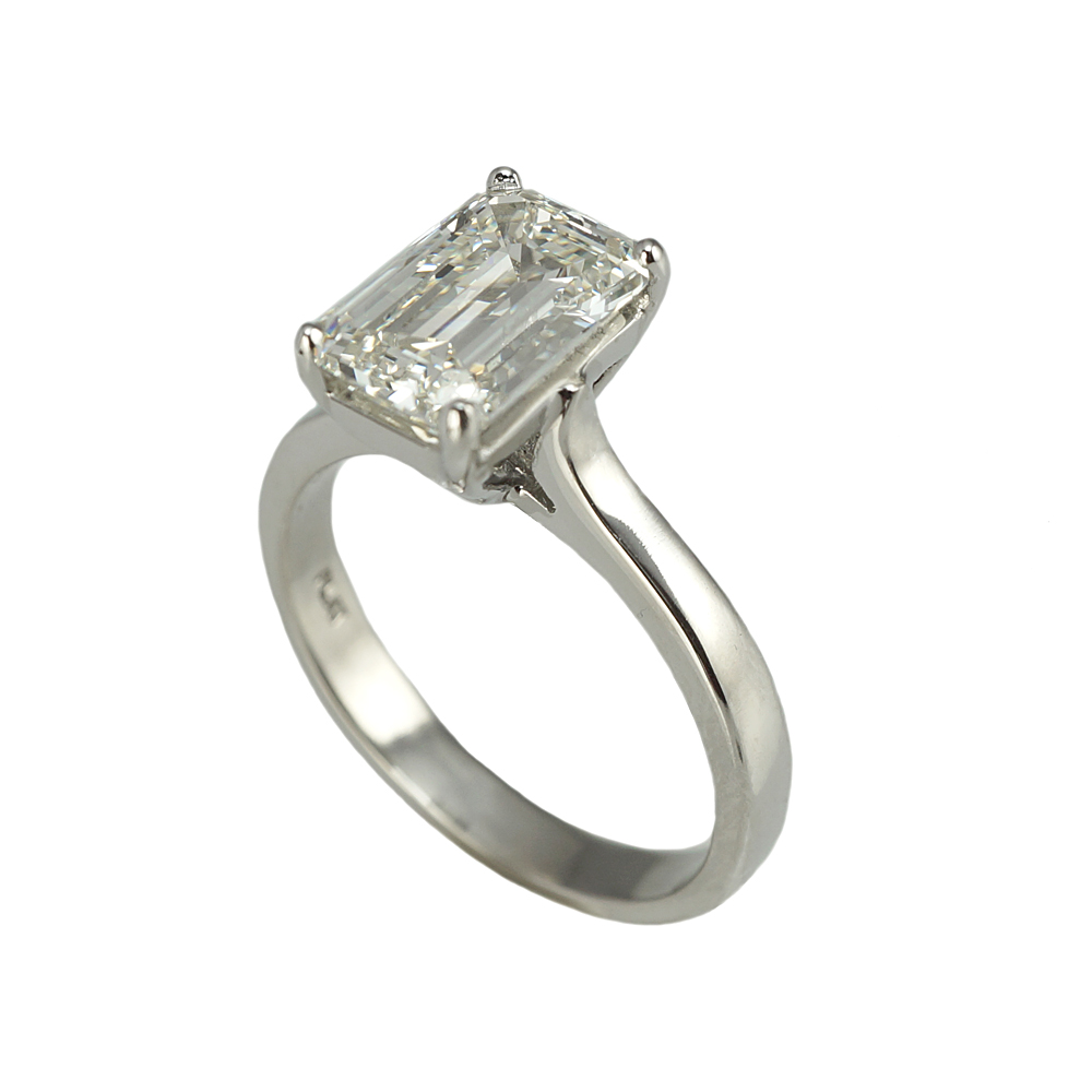 unforgettable ring rings diamond jewellery emerald products platinum collections engagement cut