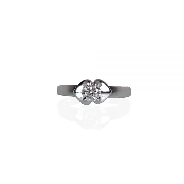 Kiss Solitaire Custom Engagement Ring