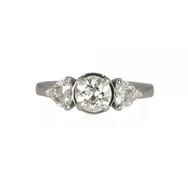 Rachael Engagment ring With Heart-Shape Diamonds