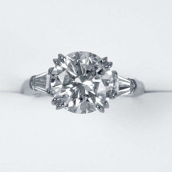 Princess Custom Made Engagement Ring in Diamond