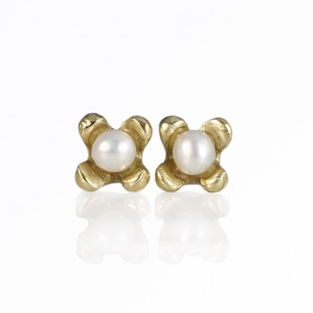 Custom Made Britt Mini Flower Studs with Pearl in Bronze