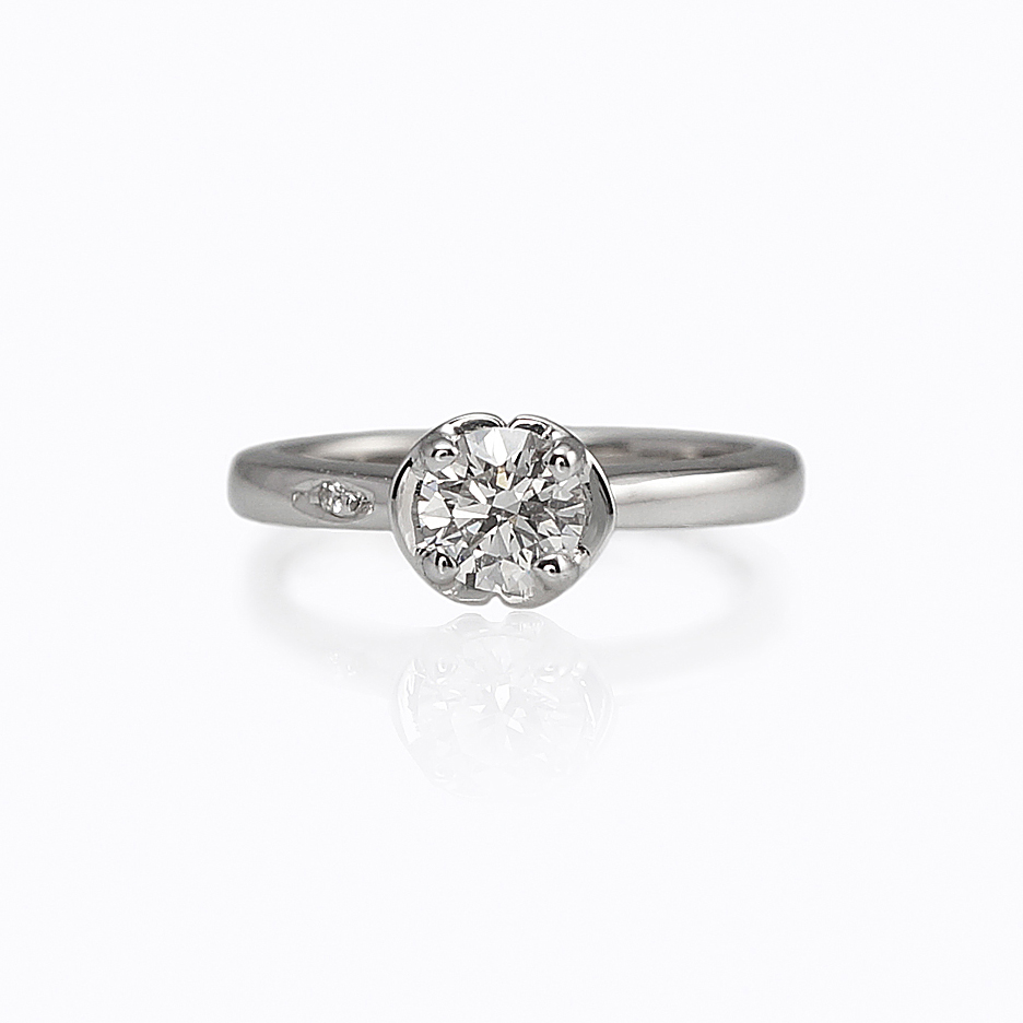 Floral diamond engagement ring