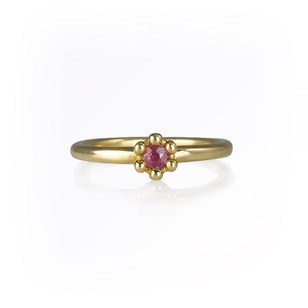 Britt Single Flower Pink Sapphire Ring in Bronze