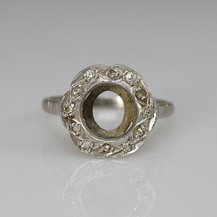 heirloom platinum estate ring