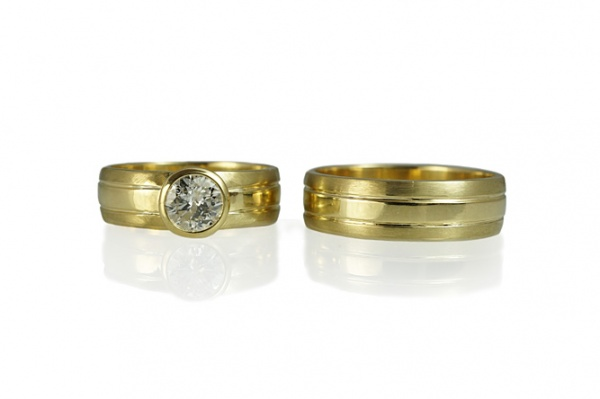 custom made mens yellow gold matching wedding rings