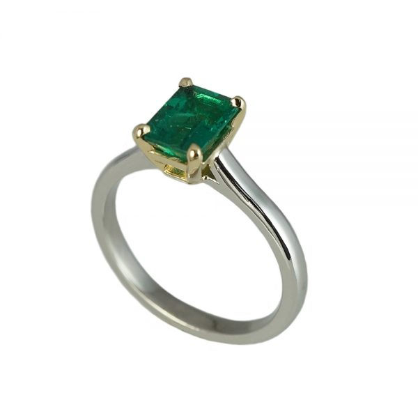 Sarah Emerald Solitaire Engagement Ring-1618