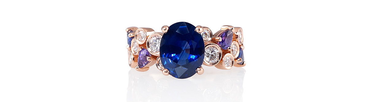 Linda_Sapphire_and_bubble_ring_slider